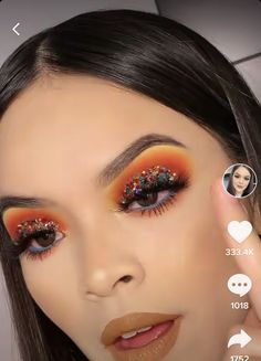 Eye Makeup Art, Mua Makeup, Eyeshadow Makeup, Makeup Tips, Glitter Makeup Looks, Peach Makeup, Orange Eyeshadow, Neutral Eyes, Pinterest Makeup