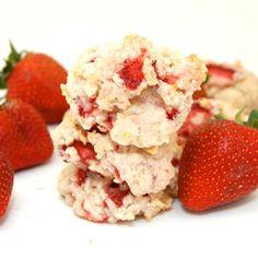 Strawberry Shortcake Cookies!  http://getdailyrecipes.com/2014/07/02/strawberry-shortcake-cookies/
