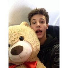 Cameron Dallas teddy bear from a fan. m a g c o n b o y s ❤ liked on Polyvore featuring boys, cameron, cameron dallas, magcon and viners