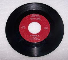 Don Sneed Jr. & Co. Cascade Walla Walla Private Label Santa's A Hippie 45 RPM
