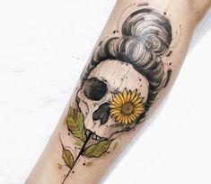 Skull and Sunflower tattoo by Felipe Mello