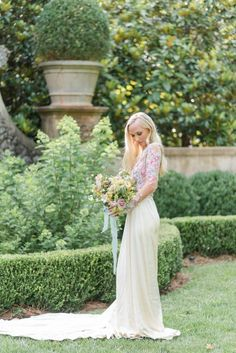 Floral-Filled Spring Wedding Inspiration at The Pink Castle - Chic Vintage Brides : Chic Vintage Brides Wedding Season, Fall Wedding, Pink Castle, Chic Vintage Brides, Spring Wedding Inspiration, Bridal Gowns, Wedding Dresses, Wedding Honeymoons, Romantic Look