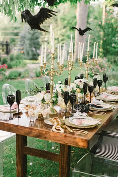 Wedding Table Gothic Ideas Edgy Fall Themes