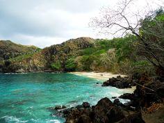 Pantai Pulisan Dengan Spot Eksotis di Sulawesi Utara - Sulawesi Utara