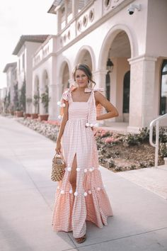 Pom Pom Dress in Palm Beach (Southern Curls & Pearls) Casual Fall Outfits, Chic Outfits, Winter Outfits, Summer Outfits, Summer Dresses, Casual Dresses, Stunning Dresses, Pretty Dresses, Mode Kimono