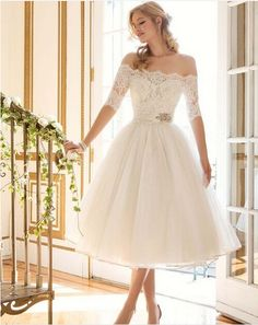2016 New Lace Tea-Length Wedding Dresses Sheer Half Sleeve Boat Neck A-Line Beads Elegant Hot Wedding Bridal Gowns Vestidos Sexy