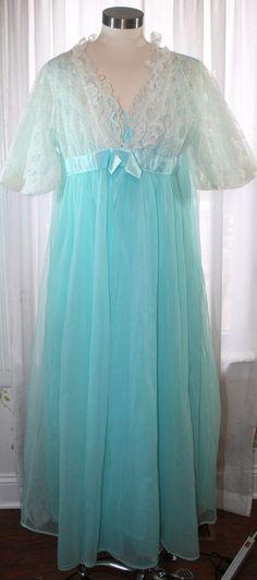 f6eb033c46 Nightgown Peignoir Robe Gown Vintage AQUA Blue Bridal SHEER Very Full  Layered  Unbranded Aqua Blue