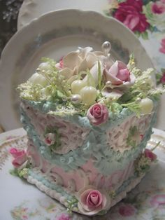 Amazing! Fake Food Slice of Cake Shabby Pink Roses Victorian