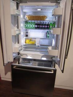 bosch classic edition refrigerator bottle compact. Black Bedroom Furniture Sets. Home Design Ideas