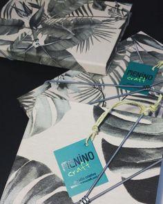 Ta chegando uma Nova coleção de encadernados com tecido Acqua Block. Capa impermeável. ☔☔☔ Elástico fixo e estampas lindaaaaaas!!! #encadernação #handmade #feitoamao #crafter #estúdio #meninocraft #encadernaçaoartesanal #cadernos #coisademenino #meninonocraft #craftpaper #craft #art #arte #criativo #artesanato #sketch #sketchbook #bookbiding