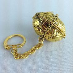 Vintage Max Factor Solid Perfume Aquarius Figural Walnut Key Chain Compact  Full
