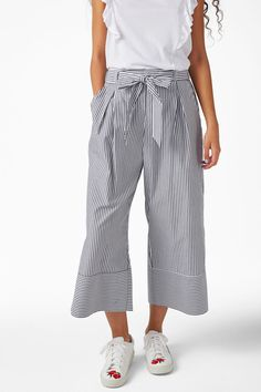Culottes with paper bag waist - sleek stripes - Trousers & shorts - Monki AT