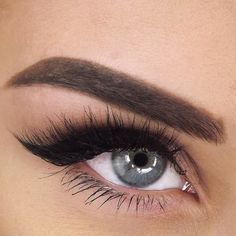 'Lash In The City' by Velour Lashes worn by our fave Gina!
