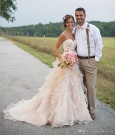 Blush Pink Country Wedding Dresses With Ruffles Sweetheart Neckline Lace Beads Chapel Train Organza Vintage Bridal Gowns Open Back 2015 Chic Strapless Wedding Dresses Summer Wedding Dresses From Alberta_bridal, $122.97| Dhgate.Com