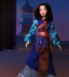 Disney Store Poupées Limited Edition (depuis - Page 26 Mulan Doll, Disney Barbie Dolls, Disney Princess Dolls, Disney Animator Doll, Disney Princess Dresses, Disney Princesses, Disney Nerd, Arte Disney, Disney Pixar