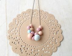 vintage necklace • pastel ball buttons • silver • by www.annundfuermich.de #jewellery #jewelry