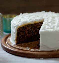 Mary Berry's been making her Christmas cake recipe for as long as Paul Hollywood's been alive. She knows what she's talking about.
