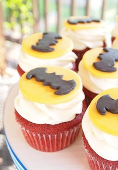 Batman Cupcakes for T