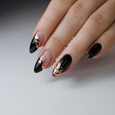 Trendy Fall Nails Art Designs Ideas To Look Autumnal and Charming autumn nail art ideas fall nail art fall art designs autumn nail colors autumn nail ideas dark nail designs coffin nails Dark Nail Designs, Fall Nail Art Designs, Black Nail Art, Black Nails, Matte Black, Beige Nails, Cute Nails, Pretty Nails, Hair And Nails
