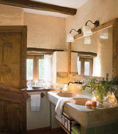 Cuarto de baño tradicional y luminomos