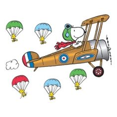 Peanuts® Giant Flying Ace Snoopy Bulletin Board Set, EU847681