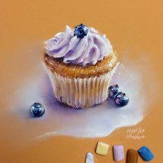 """Погоды нынче стоят такие, что все диеты по боку  Но """"мы держимся"""", и создаем себе хорошее настроение:))) Всякое полезное что-то не тянет рисовать, а вот """"миллиард калорий"""" - это всегда-пожалуйста:) ~~~~~~~~~~~~~~~~~~~~~~~~~~~~~~~~~~~Blueberry cupcake sketch, pastel on paper"""