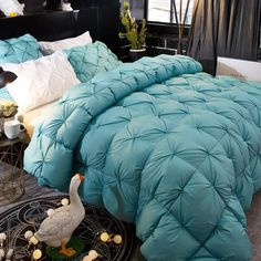 Camas Twin, Camas Queen Size, Cama King, Down Quilt, Warm Bed, Quilt Material, Make Money Now, Tile Design, Bedding Collections