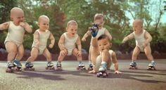 Sensacional: bebês andando de patins na nova campanha Evian - AC Variedades
