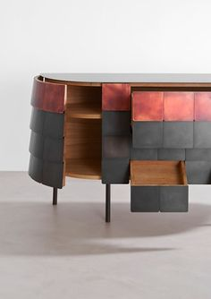 Alessandro Masturzo - Yoroi - Buffet en chêne naturel, fer et cuivre - Revêtement traité avec différentes finitions - Par De Castelli - 2015