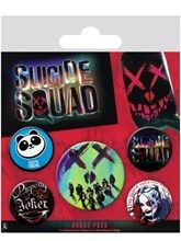 Pay an explosive tribute to the 2016 film adaptation of 'Suicide Squad!' This fun badge pack includes 5 badges of the DC theatrical skull artwork, perfect for any loyal comic fan. Official merchandise.