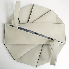 Fantastic origami bags! Frry bags seem to be the most unusual in the world – daring shapes, different sizes and cool looking.