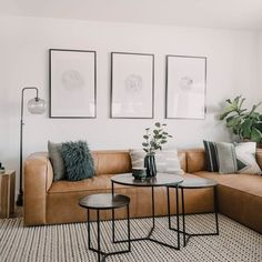 Home Interior Decoration Tips to pick the perfect sofa or sectional for your home.Home Interior Decoration Tips to pick the perfect sofa or sectional for your home Room Decor, Interior Design, Living Room Decor, Minimalist Living Room, Apartment Decor, Home, Interior Design Living Room, Interior, Apartment Living