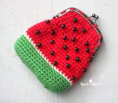 Crochet Watermelon Coin Purse with Pony Beads | Repeat Crafter Me | Bloglovin'