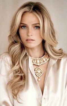 Russian beauty Valentina Zeyaeva <3