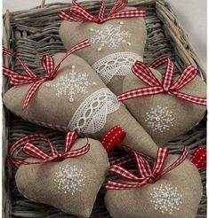 Sorry to start putting up Christmas/Yule. - It Was A Work of Craft Christmas Sewing, Christmas Embroidery, Christmas Cross, All Things Christmas, Christmas Time, Christmas Hearts, Burlap Christmas, Burlap Crafts, Christmas Projects