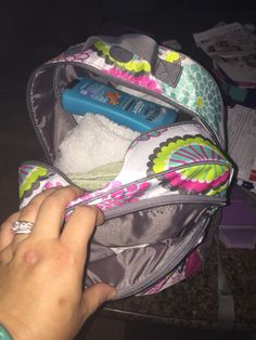 Packed up to the pool!! With the hostess exclusive backpack from thirtyone! Www.mythirtyone.com/caseyrnash