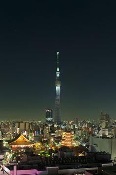 Tokyo Skytree from Asakusa, Japan 東京スカイツリー