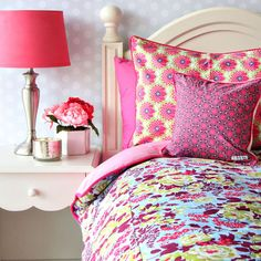 Vibrant floral bedding for a girl's room! More style bedding here www.colorfulmart.com