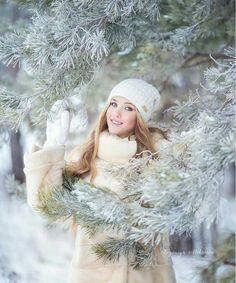 Head to our web pages if you would like to see photography video clips, how-to's. Winter Senior Photography, Snow Photography, Portrait Photography, Photography Ideas, Photography Couples, Snow Senior Pictures, Winter Pictures, Senior Portraits Girl, Girl Senior Pictures