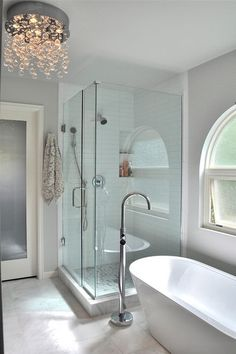 Bathroom Lighting Ideas For your Home 2019 Waterfall crystal chandelier by Frameless shower and stand alone tub The post Bathroom Lighting Ideas For your Home 2019 appeared first on Shower Diy. Home Interior, Bathroom Interior, Modern Bathroom, Bathroom Images, Modern Shower, Bathroom Ideas, Parisian Bathroom, Bathroom Updates, Minimalist Bathroom