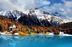 St. Moritz telt 360 km aan pistes, ideaal voor de wintersport!! #ski #wintersport #vakantie #Zwitserland