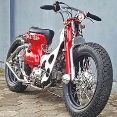 from - Bebek kekar . Honda Motorcycles, Custom Motorcycles, Custom Bikes, Bike Motor, Motor Scooters, Honda Scooters, Honda Cub, Scooter Motorcycle, Retro Motorcycle
