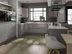 cuisine-gris-bois-clair-blanc-laqué-chaise-design-apparails-inox