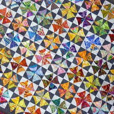 Melbourne Craft and Quilt Show 2011 -- I love quilts with illusions ~ I see inter-locking circles in the quilt!