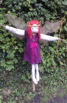 awww.... it's a scarecrow fairy