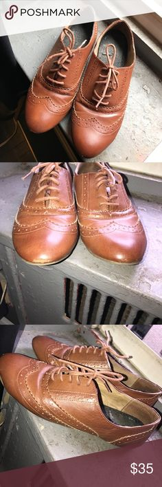 Oxfords Oxfords from Aldo. Worn, still in good condition. Minor scrapes in the front, barely noticeable. I paid $80, make me an offer Aldo Shoes Flats & Loafers