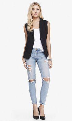 Jeans + tank +vest