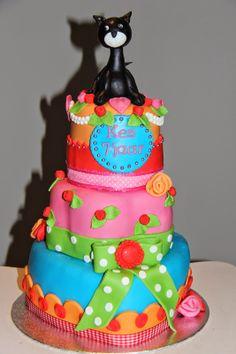 lekker zoet: poes taart voor Kes 7 jaar