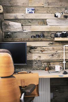 workspace wood texture rustic lamp  Japanese Trash masculine design ymmv tastethis inspiration