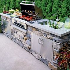 Smart Idea for Outdoor Kitchens and Dining